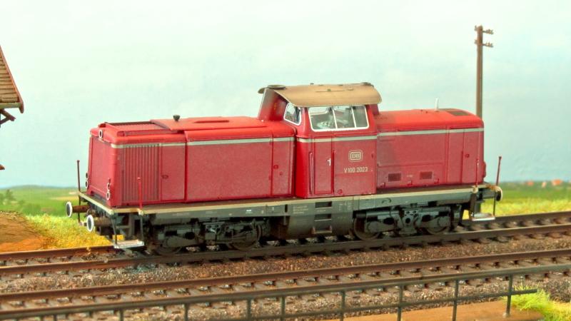 Roco V100 2023, von der Seite